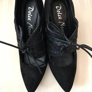 Dolce Nome stilettos black. Size 36